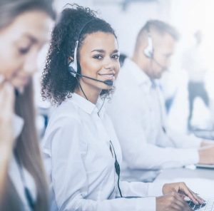 formotiv telecom call center image black girl on headset